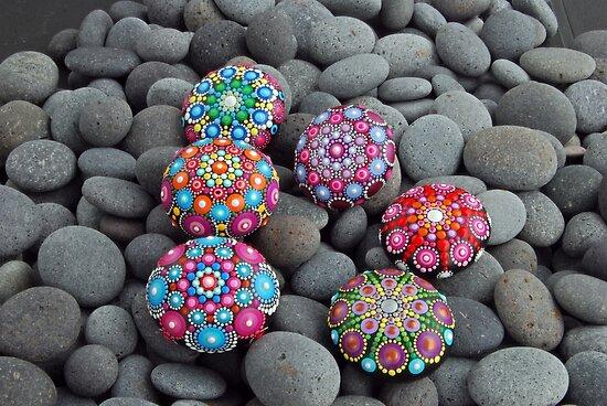 Pinks Mandala Stone by mandalaole