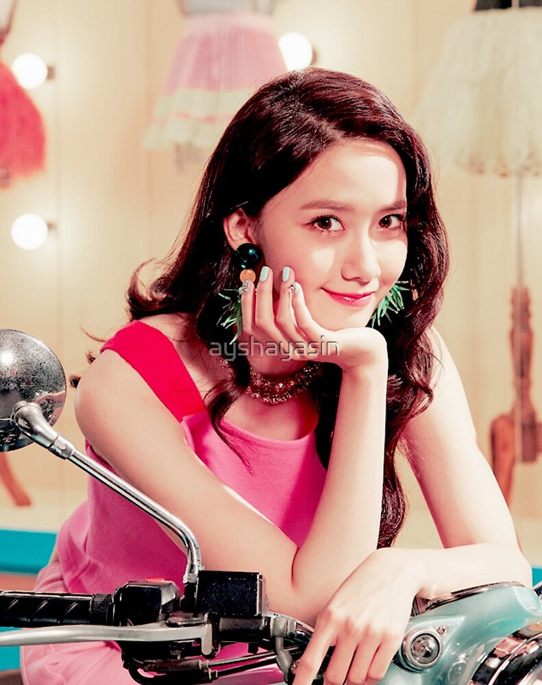 Yoona - SNSD - Holiday Night  by ayshayasin