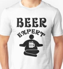 Beer expert - Funny beer saying. T-Shirt