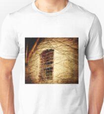 Efeu-Fenster Slim Fit T-Shirt