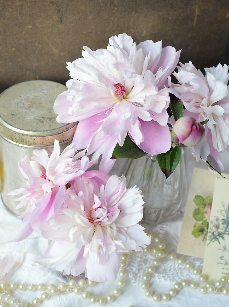 Paeony and Pearls by Sannie Buren