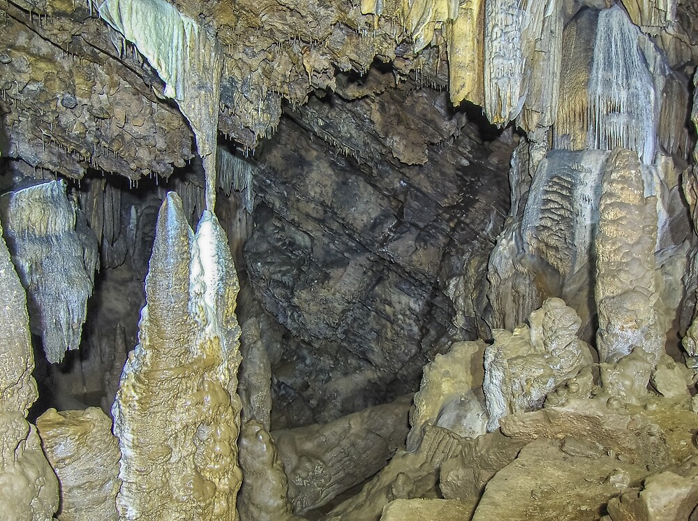 Angles Of The Rock  by Paul Lubaczewski