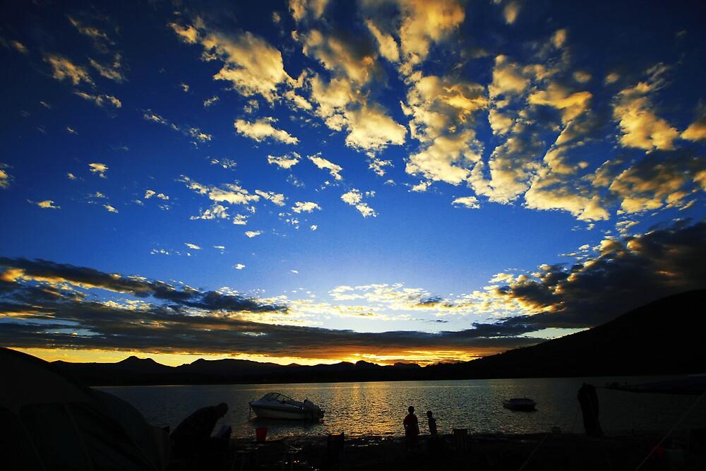 Lake Moogerah by Fotopakismo