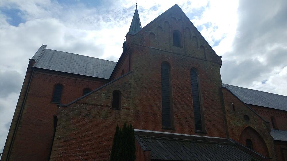 Beautiful Church  by Chastainiac