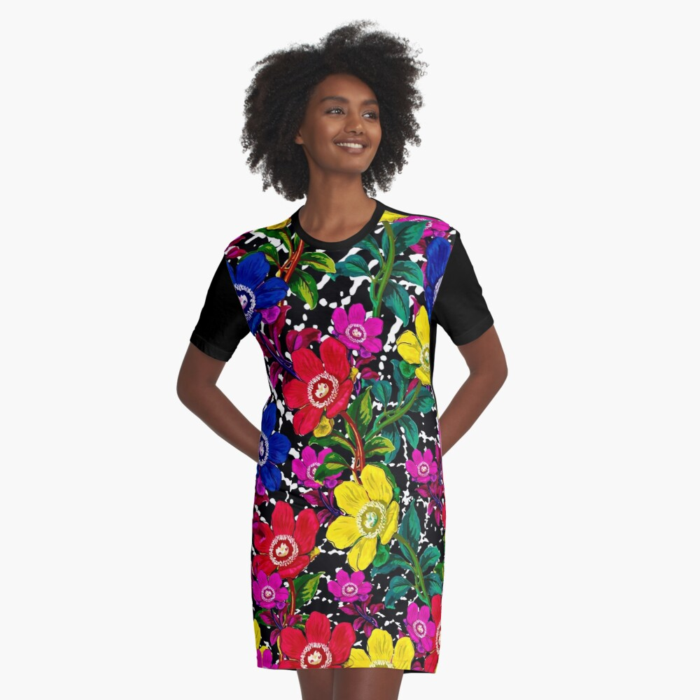 Daisy Graphic T-Shirt Dress Front