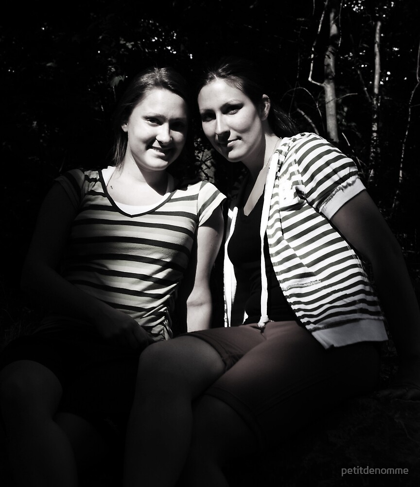 friendship by petitdenomme