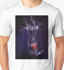 Splashing warter reflection Unisex T-Shirt