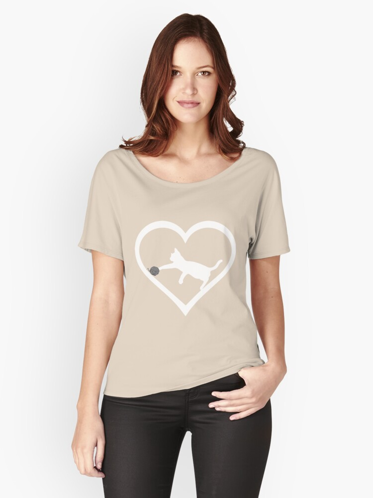 Cat And Wool Roll Heart Women's Relaxed Fit T-Shirt Front