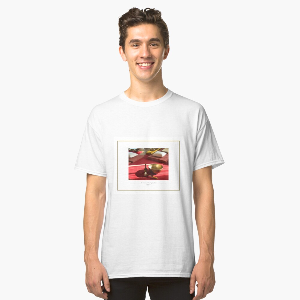The sound of the golden singing bowl Classic T-Shirt Front