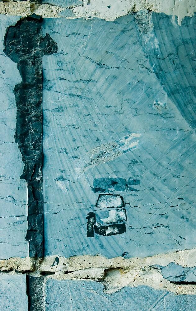 blue car by veruschka