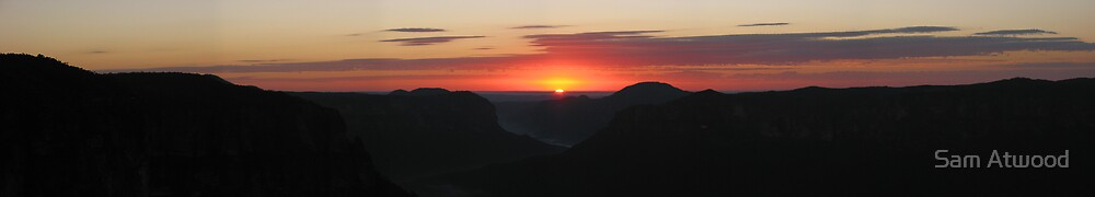 Govett's Leap Sunrise Panorama by Sam Atwood