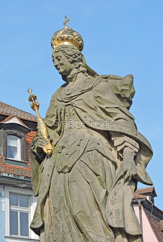 Statue of Queen Cunigunde  by Graeme  Hyde