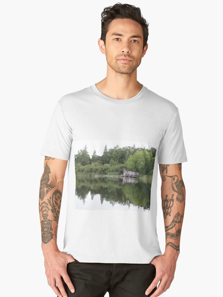 Old Boat House Men's Premium T-Shirt Front