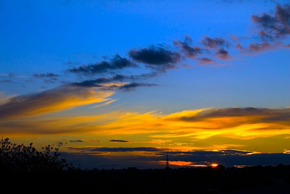 Sunset over Halesowen by lozzo
