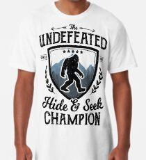 Bigfoot Unbesiegt Versteckspiel Champion Sasquatch T-Shirt Longshirt