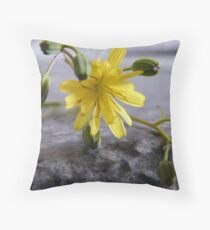 Pretty Weed !!!! Throw Pillow
