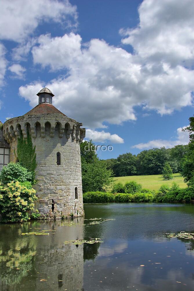 Scotney Round House by duroo