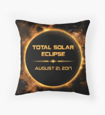 TOTAL SOLAR ECLIPSE AUGUST 21, 2018 Throw Pillow