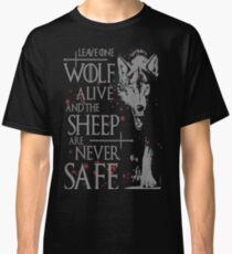 Thrones wolf t-shirt best quote Classic T-Shirt