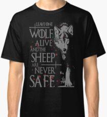 Throne-Wolft-shirt bestes Zitat Classic T-Shirt