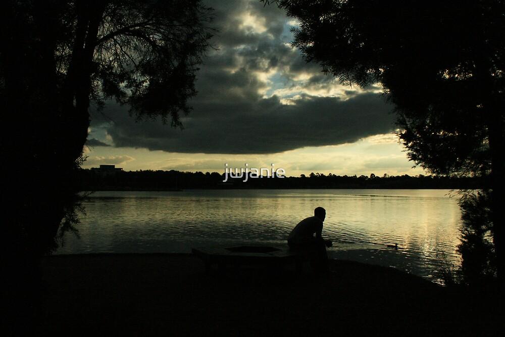 Sunset at lake Ginenndera by jwjanie