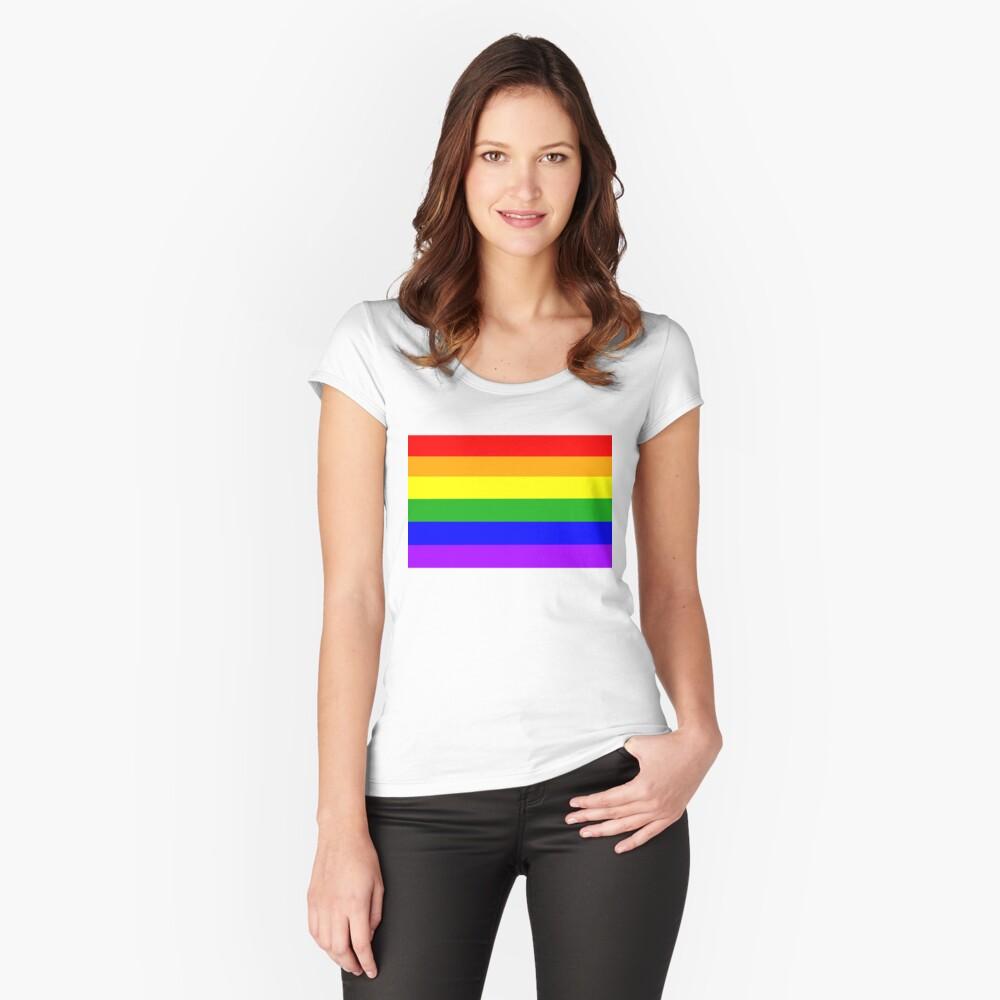 Stolz Tailliertes Rundhals-Shirt
