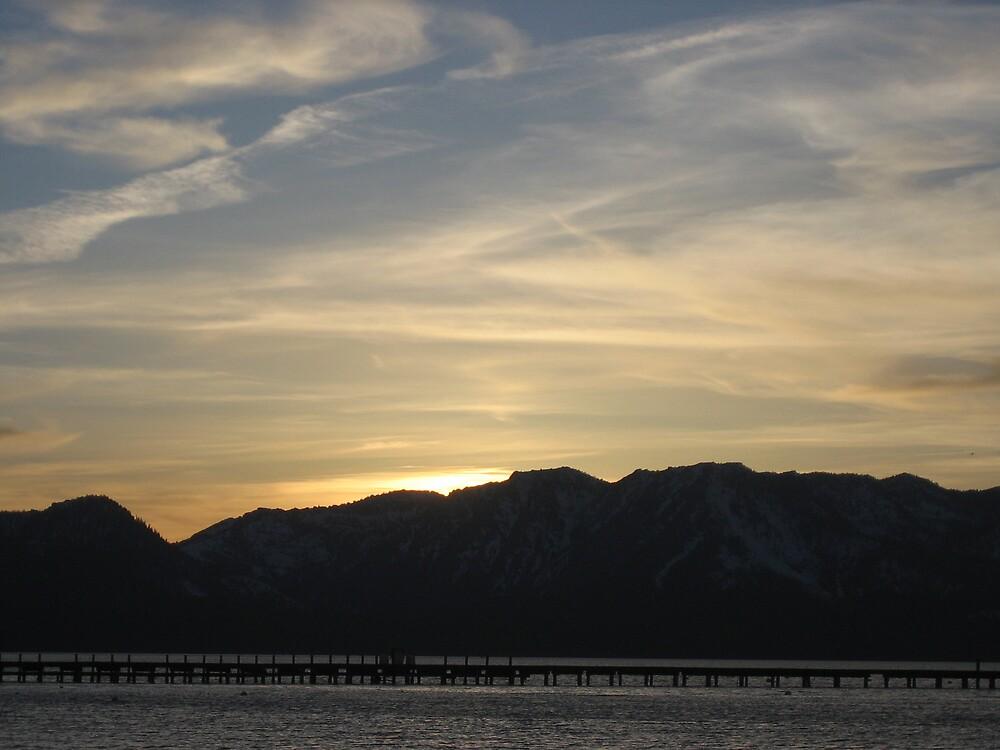 Lake Tahoe Sunset by xxLizziexx