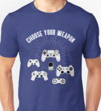 weapon konsole nerd play station geek programmer game battle waffen kampf T-Shirt