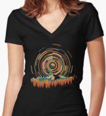 Die Geometrie von Sonnenaufgang Tailliertes T-Shirt mit V-Ausschnitt