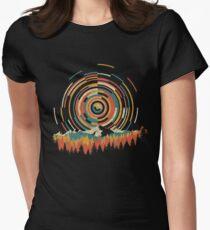 Die Geometrie von Sonnenaufgang Tailliertes T-Shirt