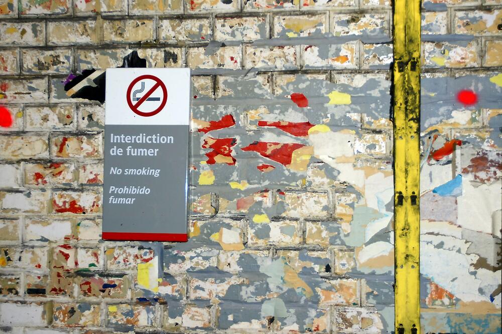 Métro - Interdiction de fumer 2 by Yves Roumazeilles