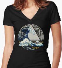 Vintage Hokusai Mount Fuji Great Tsunami Wave Japanese Geometric Manga Shirt Women's Fitted V-Neck T-Shirt