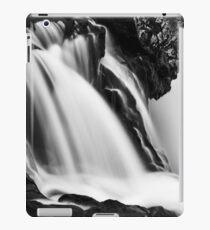 Kirkjufellsfoss Cascades - Black & White iPad Case/Skin