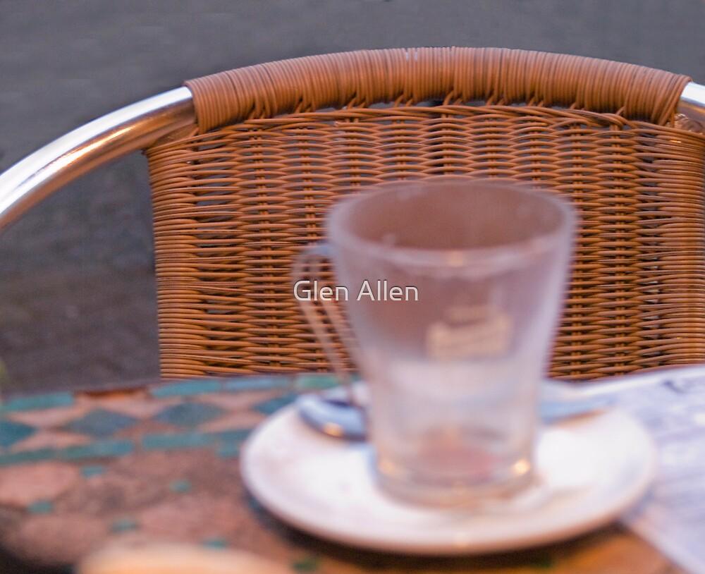 Street Cafe by Glen Allen