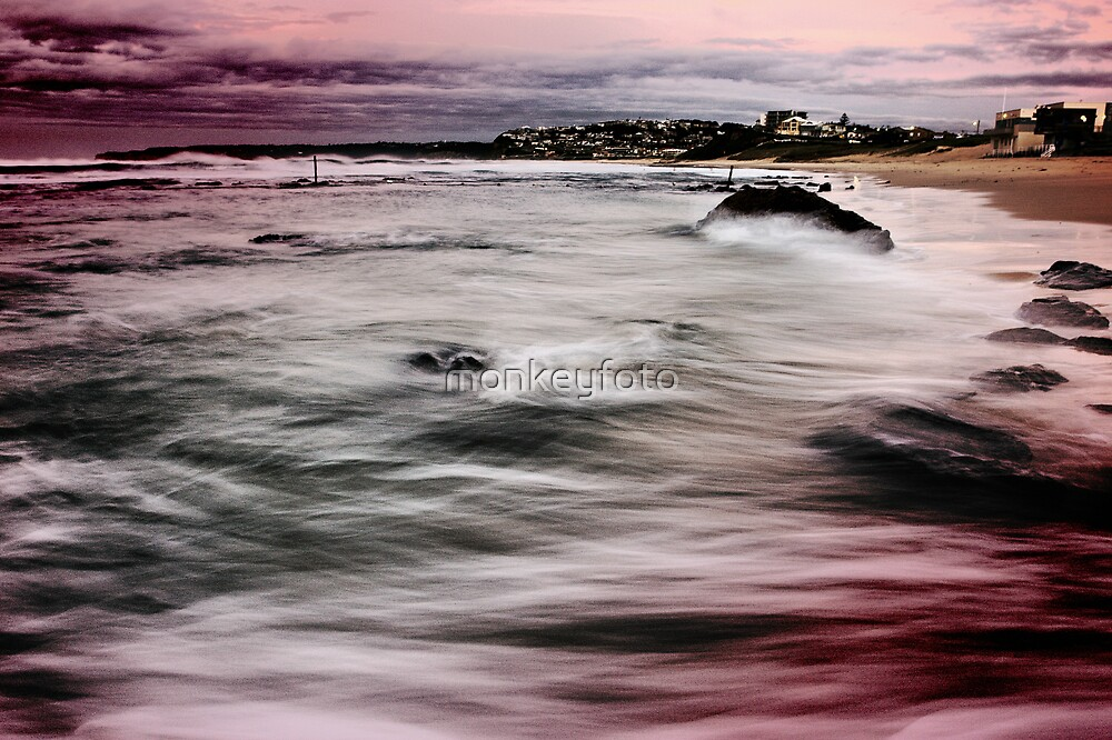 Bar Beach NSW by monkeyfoto