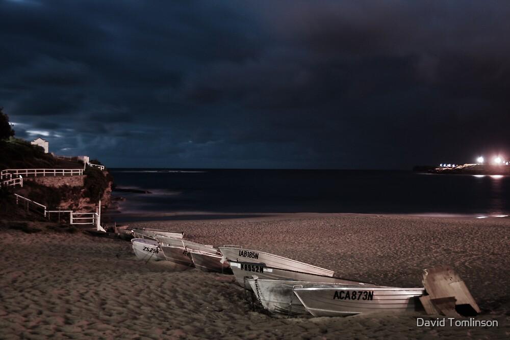 Coogee Beach II by David Tomlinson