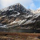 Carrauntoohil in winter by John Quinn