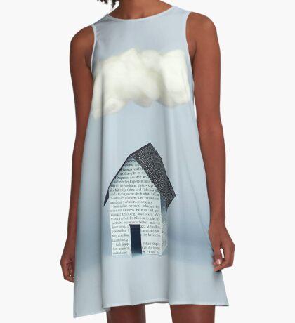 Eine Wolke über dem Haus A-Linien Kleid