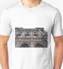 Classical building with arches and stone decorations  T-Shirt