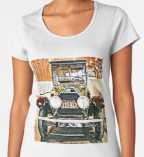 1918 Cadillac Limousine With NY Name On License Women's Premium T-Shirt