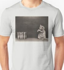 Kitten playing a game of skittles T-Shirt