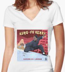 Kung Fu Kenny Tailliertes T-Shirt mit V-Ausschnitt