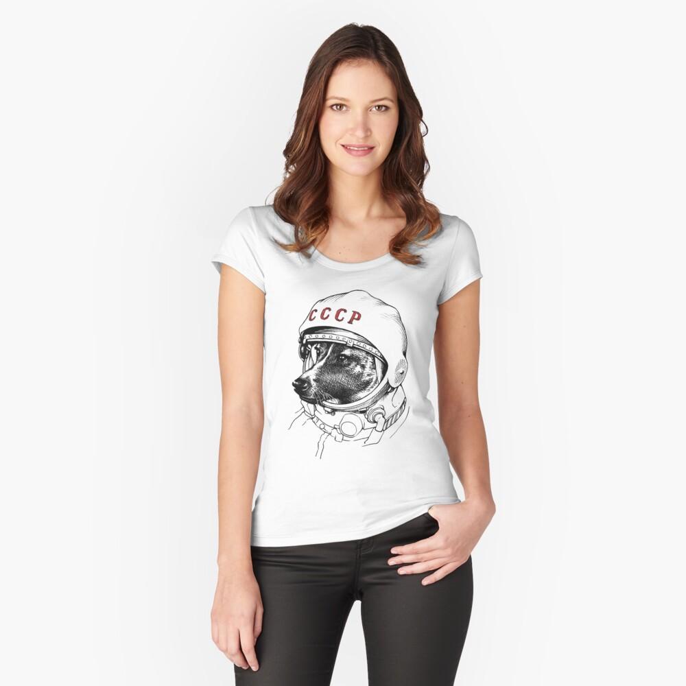Camiseta entallada de cuello redondoLaika, space traveler Delante