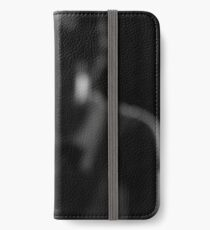mobiminto iPhone Wallet/Case/Skin
