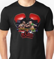 Floyd Mayweather vs Conor McGregor fight of the Century! T-Shirt