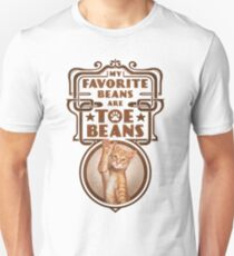 My Favorite Beans Are Toe Beans (Cat) Slim Fit T-Shirt
