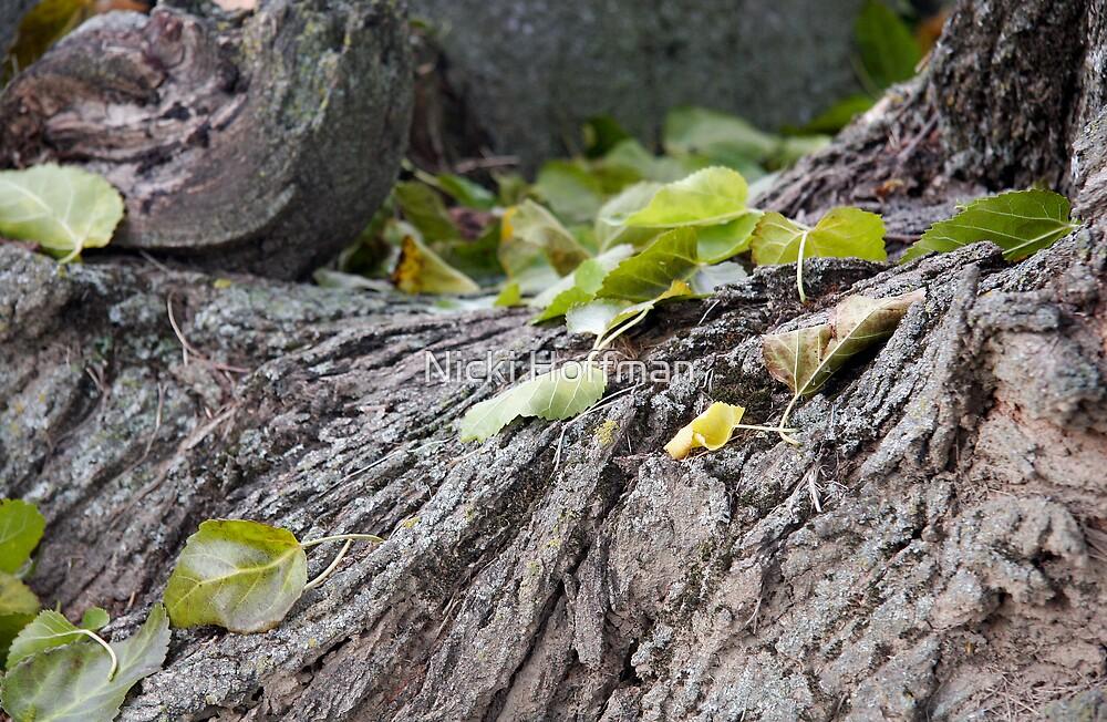 Green Leaves by Veronica Hoffman