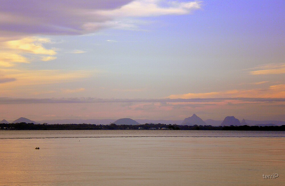 Glass House Mountains  by terriP