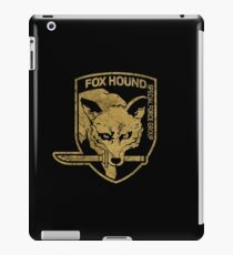 Vintage Fox Hound Insignia - Gold Edition iPad Case/Skin