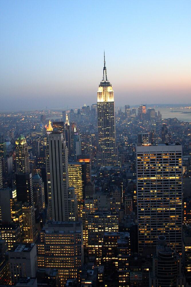 Manhattan by Night by SinaStraub